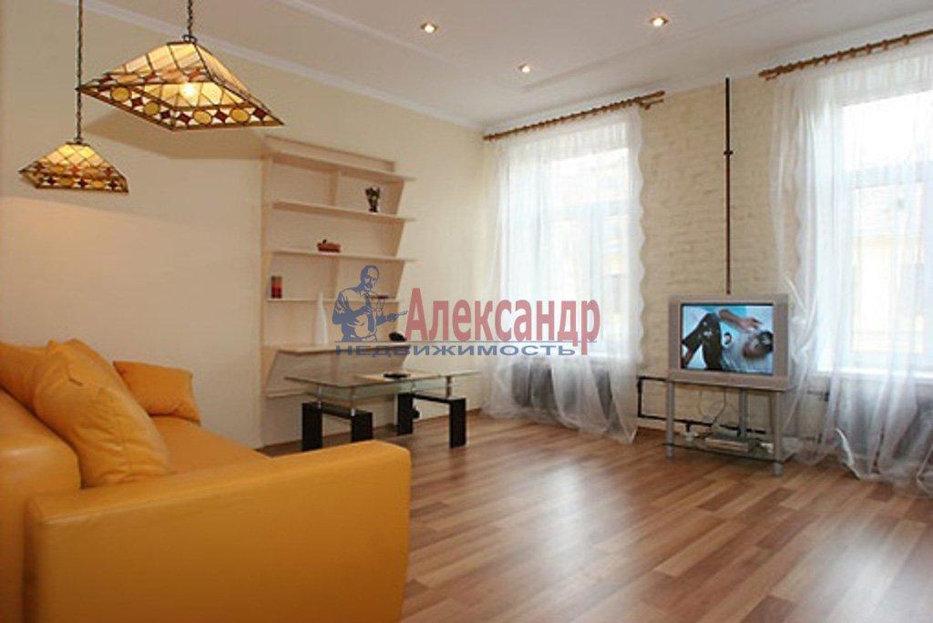 3-комнатная квартира (132м2) в аренду по адресу Новгородская ул., 23— фото 1 из 4
