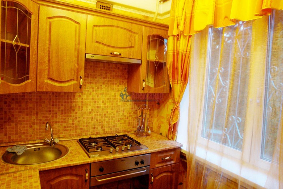 2-комнатная квартира (47м2) в аренду по адресу Бухарестская ул., 66— фото 3 из 6
