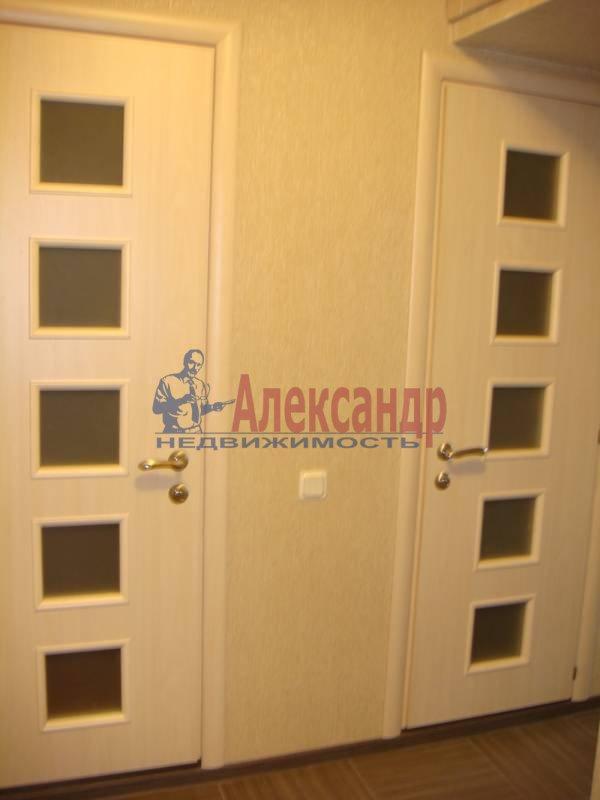1-комнатная квартира (32м2) в аренду по адресу Наличная ул., 40/7— фото 4 из 5