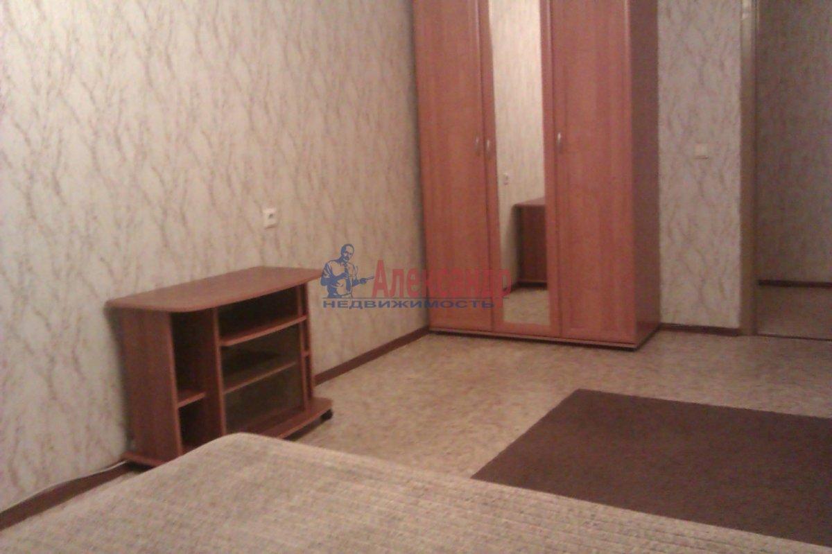 1-комнатная квартира (50м2) в аренду по адресу Товарищеский пр., 32— фото 6 из 10