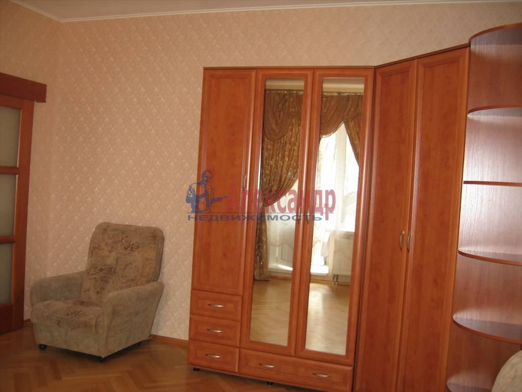 1-комнатная квартира (45м2) в аренду по адресу Кораблестроителей ул., 32— фото 10 из 14