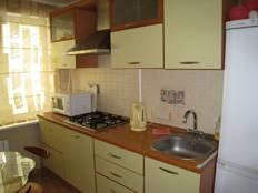 1-комнатная квартира (48м2) в аренду по адресу Мира ул., 10— фото 3 из 3