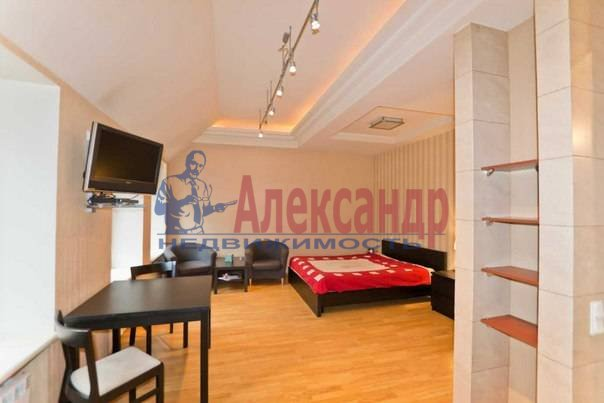 3-комнатная квартира (113м2) в аренду по адресу Кирочная ул., 16— фото 11 из 11