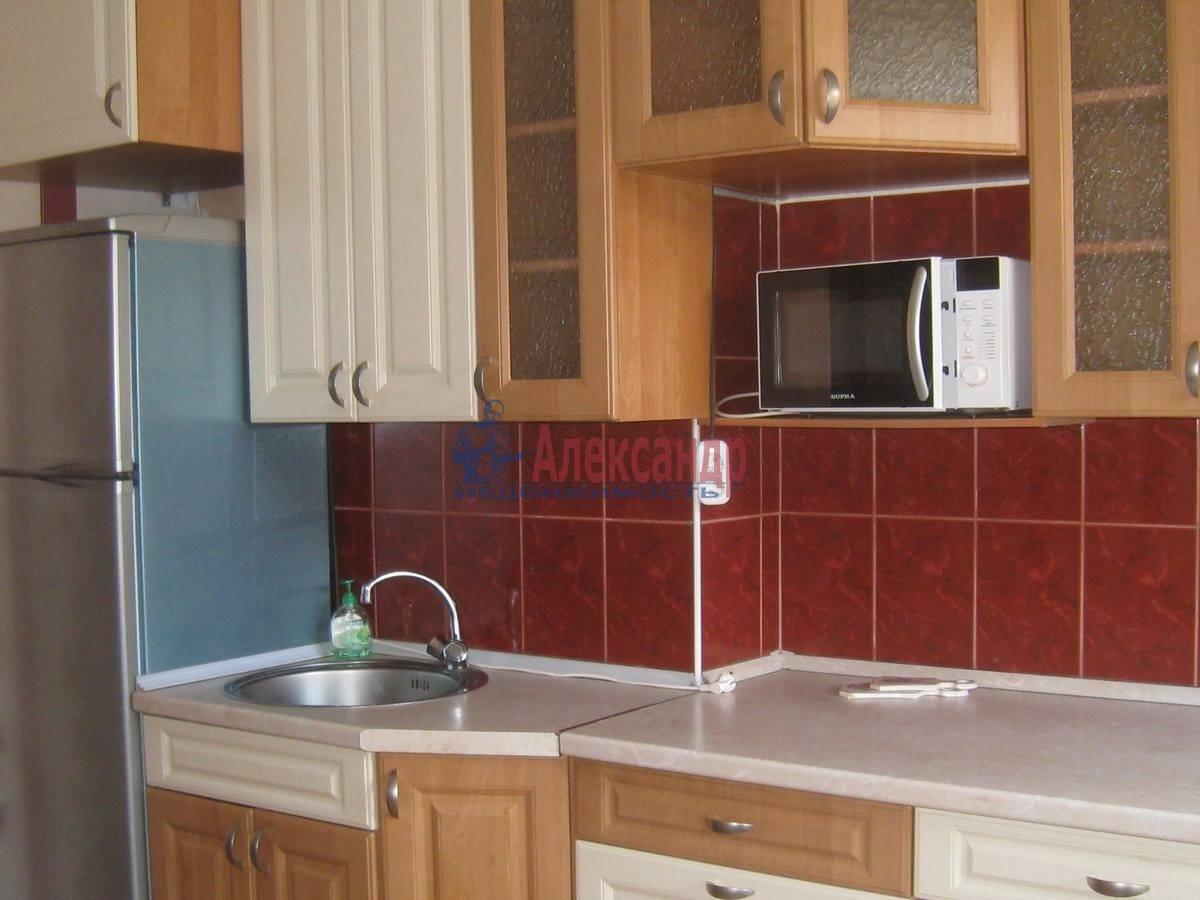 2-комнатная квартира (50м2) в аренду по адресу Фурштатская ул., 44— фото 1 из 8