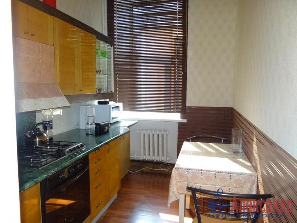 2-комнатная квартира (71м2) в аренду по адресу Садовая ул., 60— фото 3 из 3