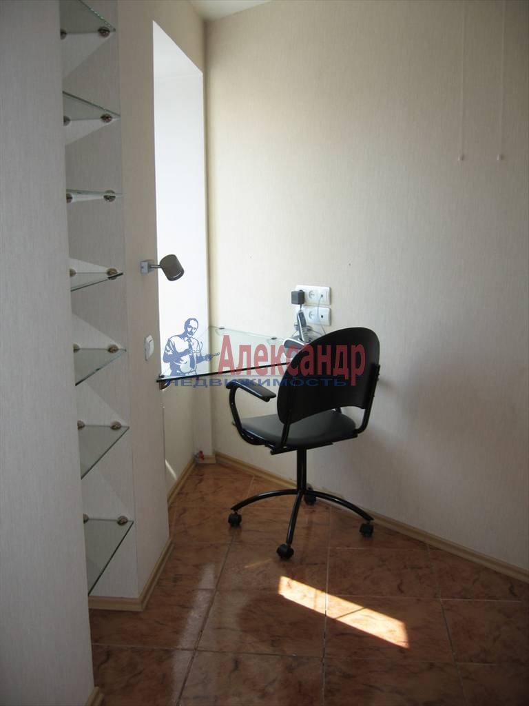 4-комнатная квартира (120м2) в аренду по адресу Новосмоленская наб., 1— фото 4 из 10