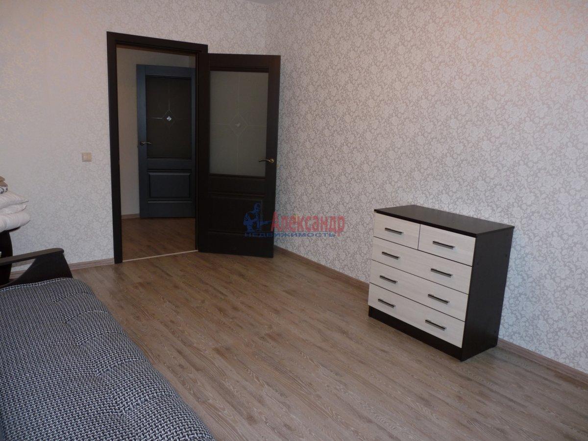 2-комнатная квартира (59м2) в аренду по адресу Обуховской Обороны пр., 138— фото 9 из 13