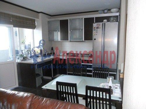 2-комнатная квартира (75м2) в аренду по адресу Восстания ул., 6— фото 1 из 10