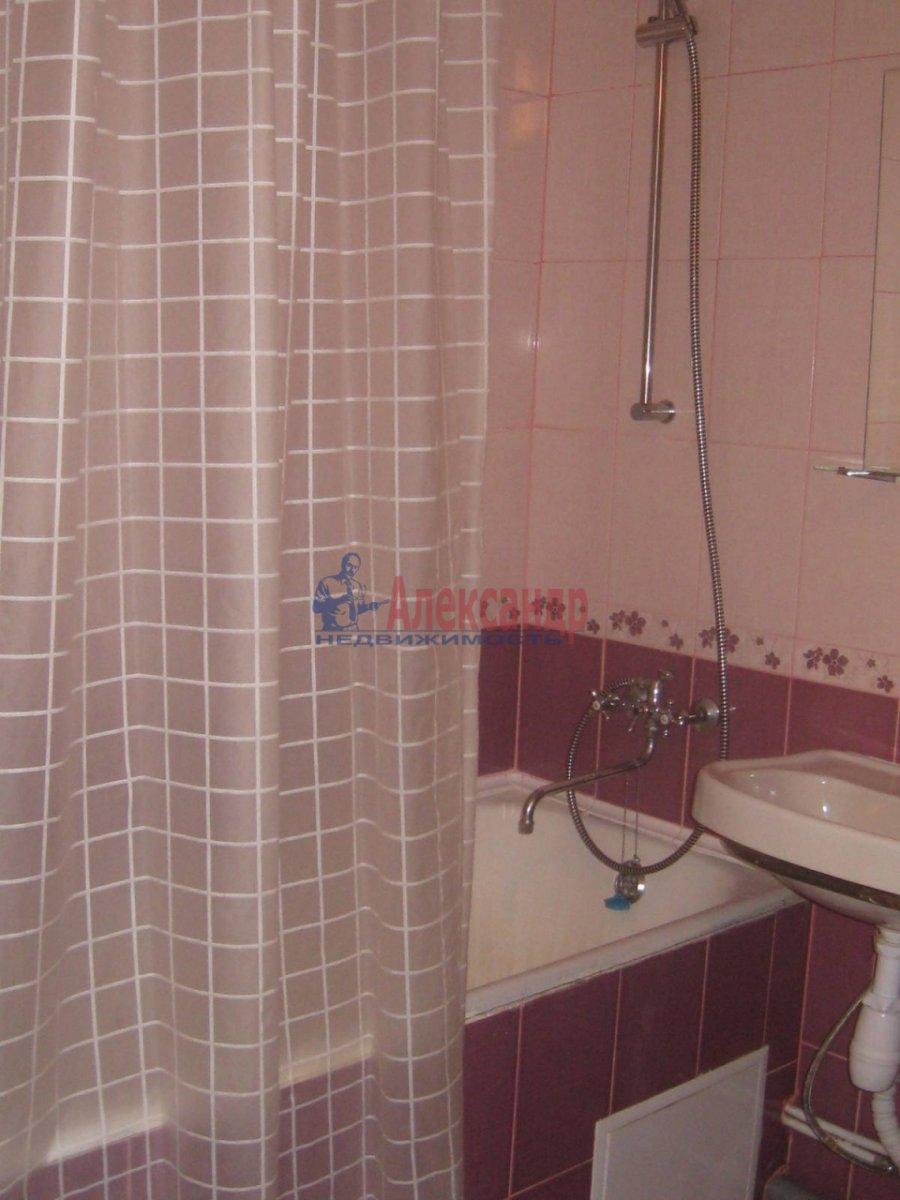 2-комнатная квартира (50м2) в аренду по адресу Фурштатская ул., 44— фото 6 из 8
