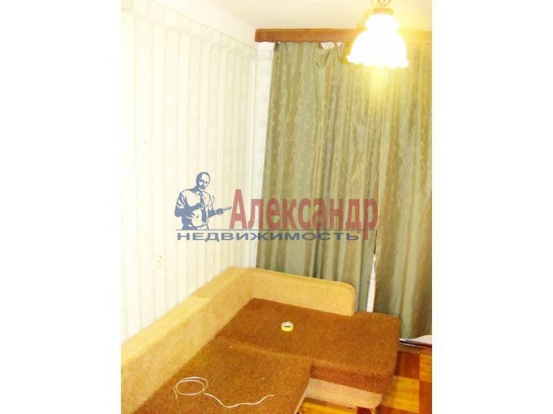 1-комнатная квартира (35м2) в аренду по адресу Тихорецкий пр., 9— фото 2 из 2