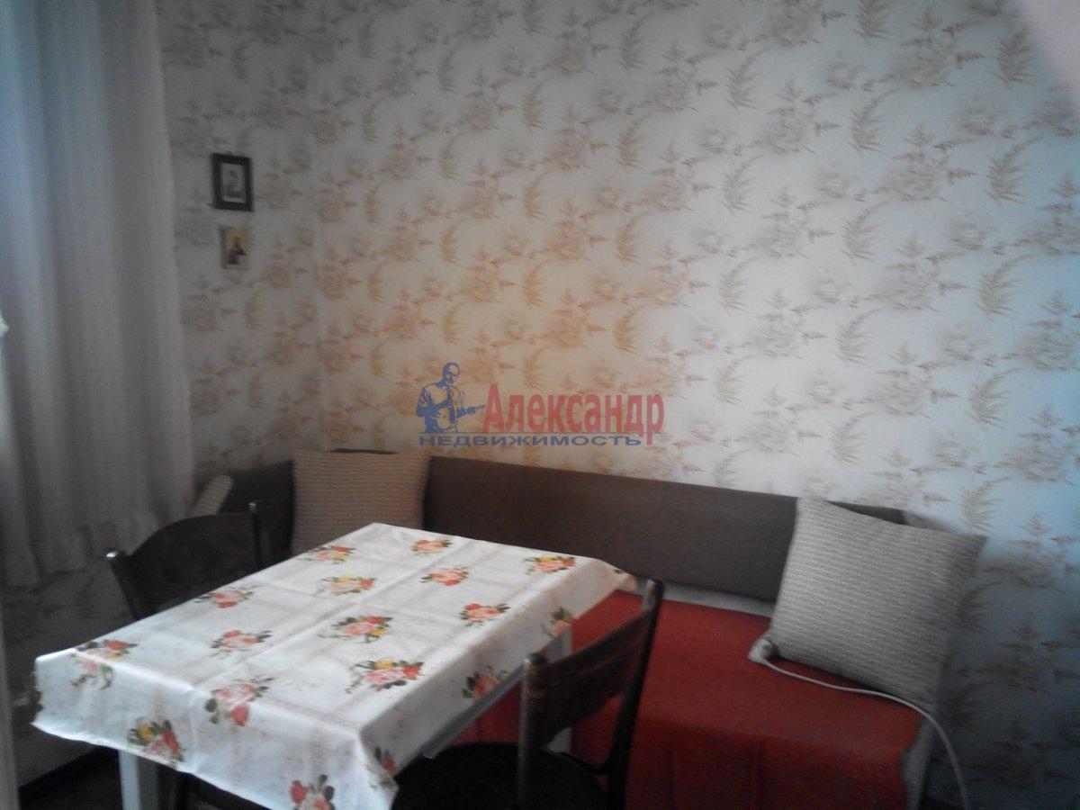 1-комнатная квартира (40м2) в аренду по адресу Лизы Чайкиной ул., 22— фото 2 из 4