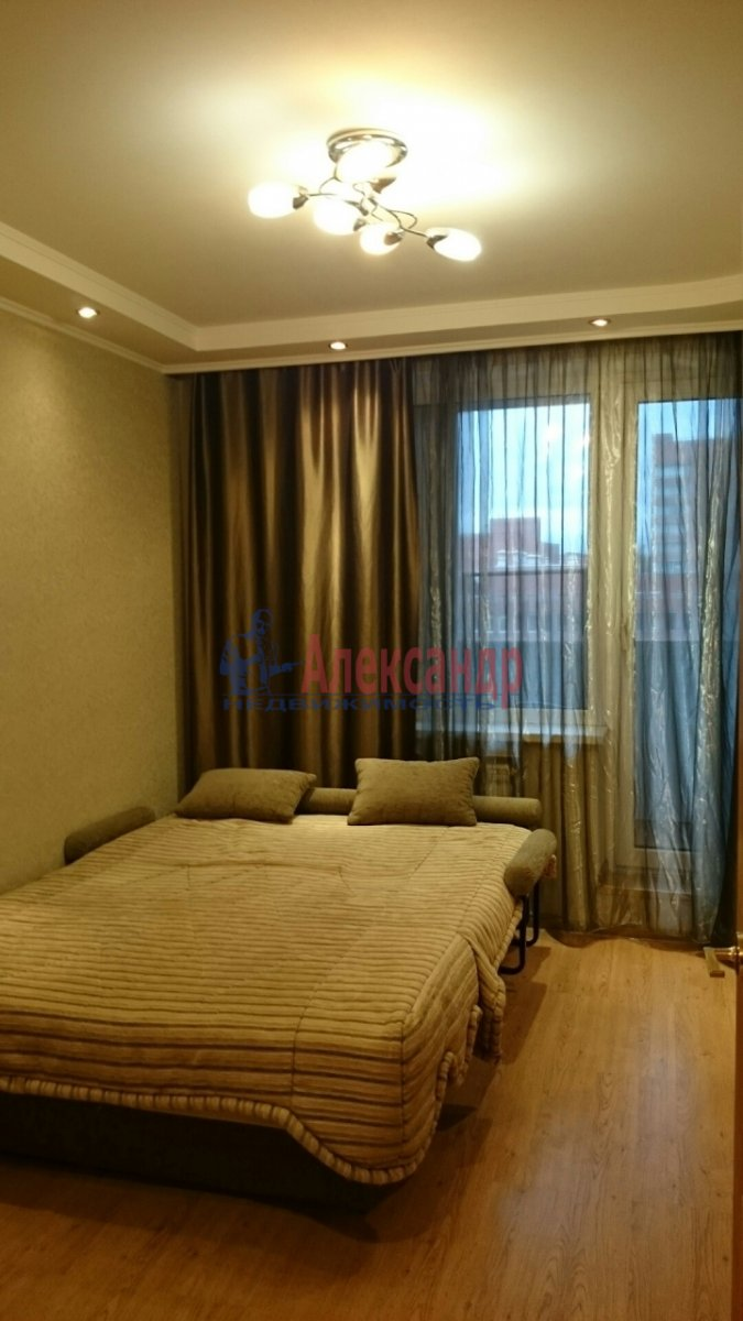 1-комнатная квартира (35м2) в аренду по адресу Моховая ул., 47— фото 2 из 2