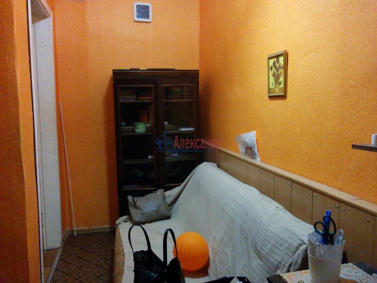 1-комнатная квартира (52м2) в аренду по адресу Херсонская ул., 2— фото 2 из 8