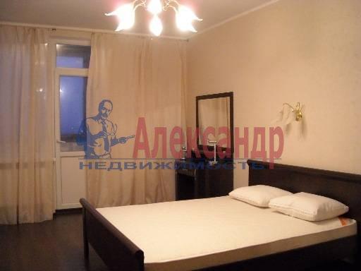 2-комнатная квартира (75м2) в аренду по адресу Приморский пр., 137— фото 1 из 7