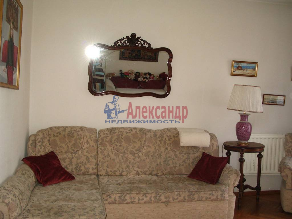 4-комнатная квартира (120м2) в аренду по адресу Канала Грибоедова наб., 93— фото 3 из 3
