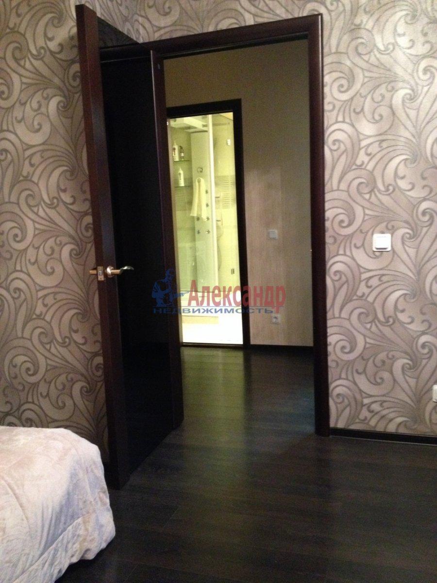 1-комнатная квартира (40м2) в аренду по адресу Нахимова ул., 20— фото 3 из 5