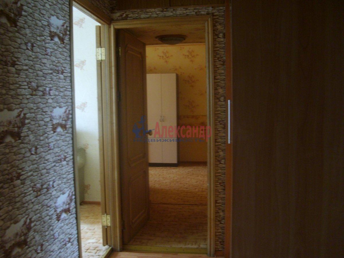 1-комнатная квартира (36м2) в аренду по адресу Звездная ул., 8— фото 4 из 5