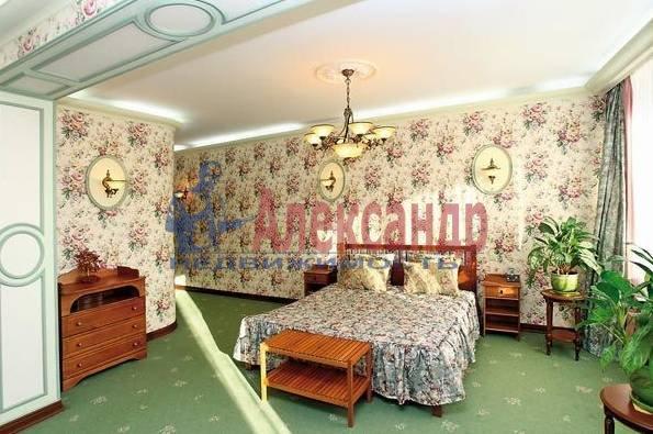 4-комнатная квартира (165м2) в аренду по адресу Гродненский пер., 12/14— фото 2 из 3