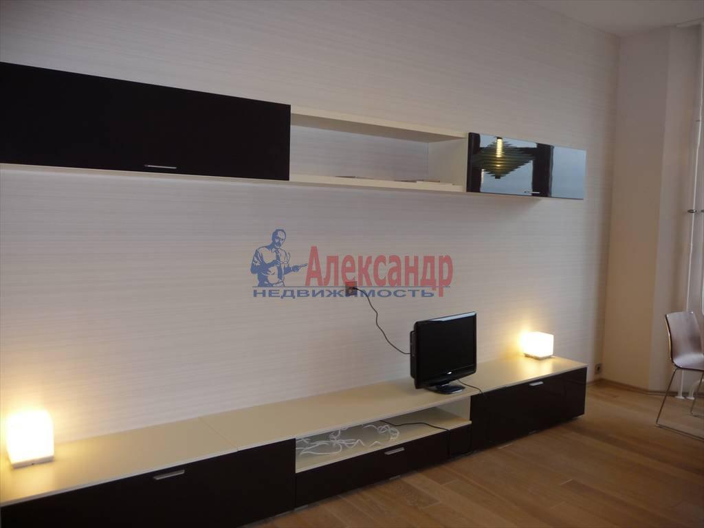 3-комнатная квартира (130м2) в аренду по адресу Каменноостровский пр., 40— фото 6 из 8