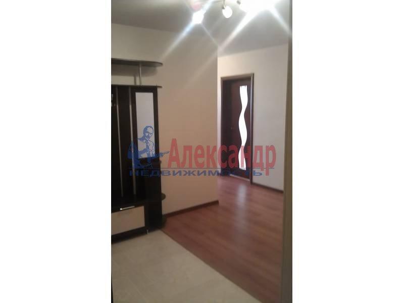 2-комнатная квартира (63м2) в аренду по адресу Белы Куна ул., 1— фото 4 из 9