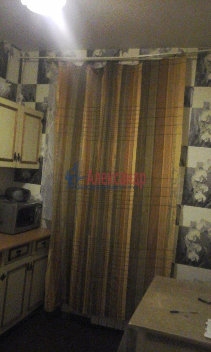 1-комнатная квартира (35м2) в аренду по адресу Хошимина ул., 15— фото 2 из 11