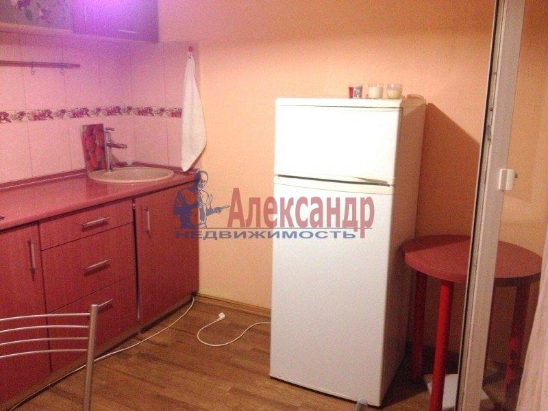 1-комнатная квартира (38м2) в аренду по адресу Доблести ул., 28— фото 10 из 11