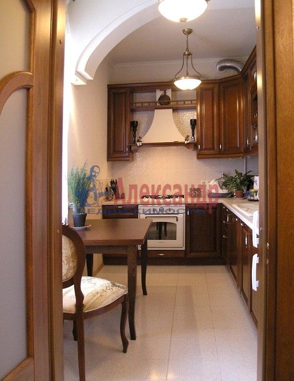 3-комнатная квартира (120м2) в аренду по адресу Фонтанная ул., 5— фото 1 из 9