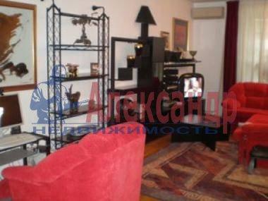 1-комнатная квартира (36м2) в аренду по адресу Стачек пр., 105— фото 3 из 3