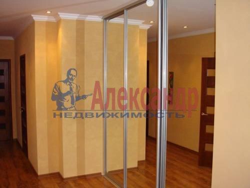 3-комнатная квартира (100м2) в аренду по адресу Сизова пр., 25— фото 7 из 8