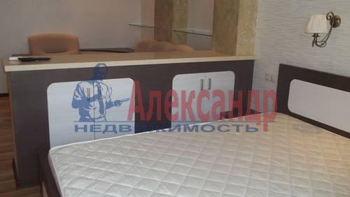 2-комнатная квартира (65м2) в аренду по адресу Савушкина ул., 115— фото 5 из 7
