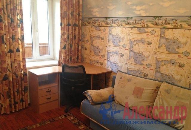 1-комнатная квартира (40м2) в аренду по адресу Бассейная ул., 5— фото 1 из 3