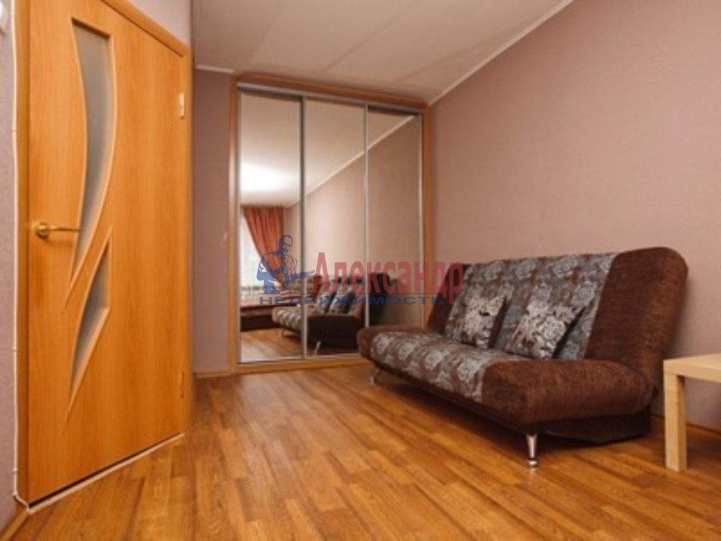 Комната в 3-комнатной квартире (70м2) в аренду по адресу Краснопутиловская ул., 4— фото 2 из 2