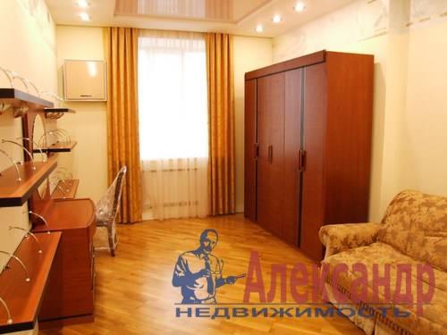 3-комнатная квартира (110м2) в аренду по адресу Комендантская пл., 6— фото 2 из 12