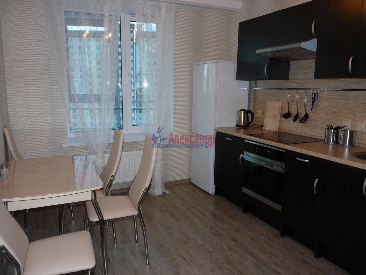 2-комнатная квартира (59м2) в аренду по адресу Обуховской Обороны пр., 138— фото 10 из 13