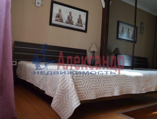 2-комнатная квартира (75м2) в аренду по адресу Восстания ул., 6— фото 5 из 10