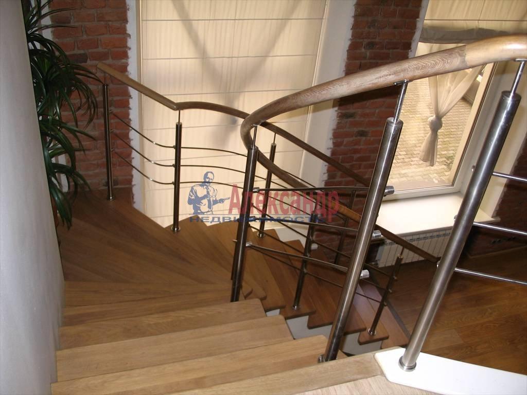 3-комнатная квартира (130м2) в аренду по адресу Миллионная ул.— фото 36 из 45