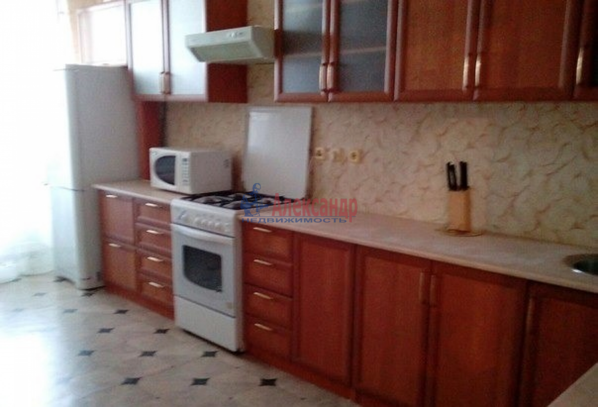 1-комнатная квартира (34м2) в аренду по адресу Турбинная ул., 12— фото 2 из 3