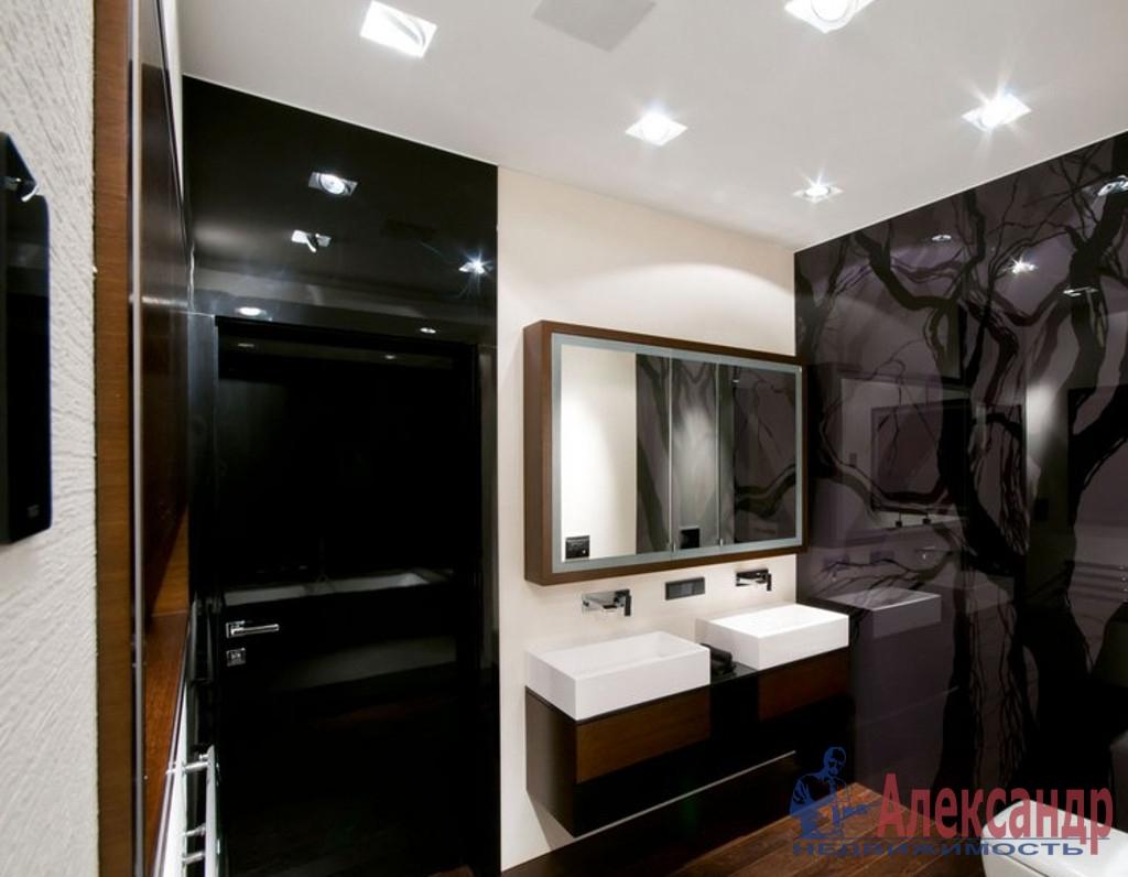 3-комнатная квартира (123м2) в аренду по адресу Малодетскосельский пр., 28— фото 4 из 4