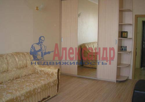 1-комнатная квартира (40м2) в аренду по адресу Богатырский пр., 25— фото 3 из 6