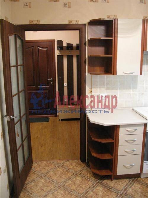 1-комнатная квартира (39м2) в аренду по адресу Художников пр., 17— фото 4 из 7