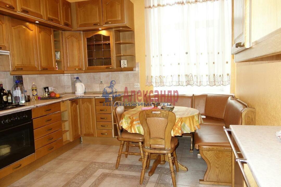 2-комнатная квартира (74м2) в аренду по адресу Кронверкский пр., 23— фото 5 из 9
