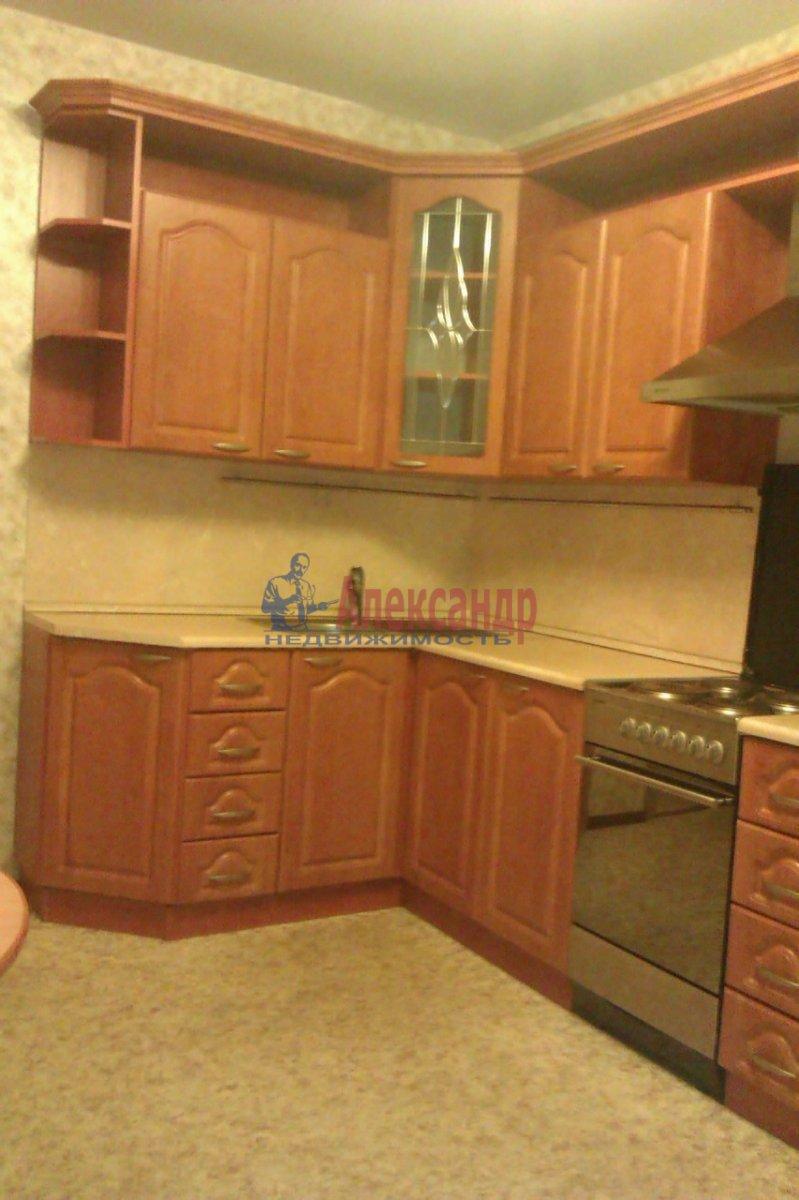 1-комнатная квартира (50м2) в аренду по адресу Товарищеский пр., 32— фото 3 из 10