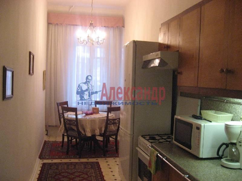 3-комнатная квартира (70м2) в аренду по адресу Рубинштейна ул., 3— фото 7 из 12