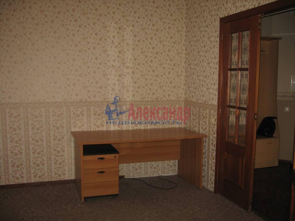 2-комнатная квартира (61м2) в аренду по адресу Стачек пр., 94— фото 7 из 7