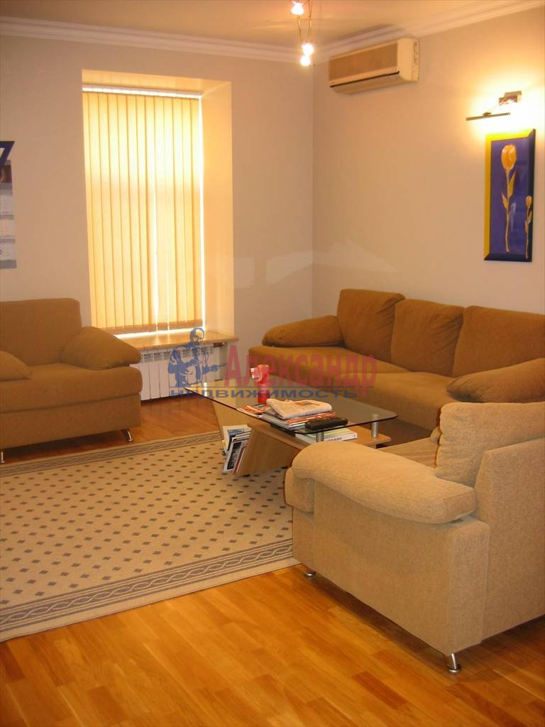 2-комнатная квартира (80м2) в аренду по адресу Рубинштейна ул., 29— фото 1 из 5