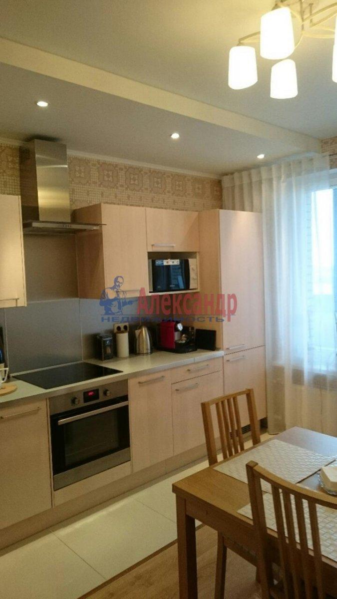1-комнатная квартира (38м2) в аренду по адресу Луначарского пр., 11— фото 5 из 12