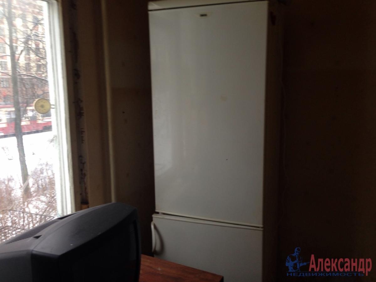 1-комнатная квартира (30м2) в аренду по адресу Грибакиных ул., 2— фото 7 из 10