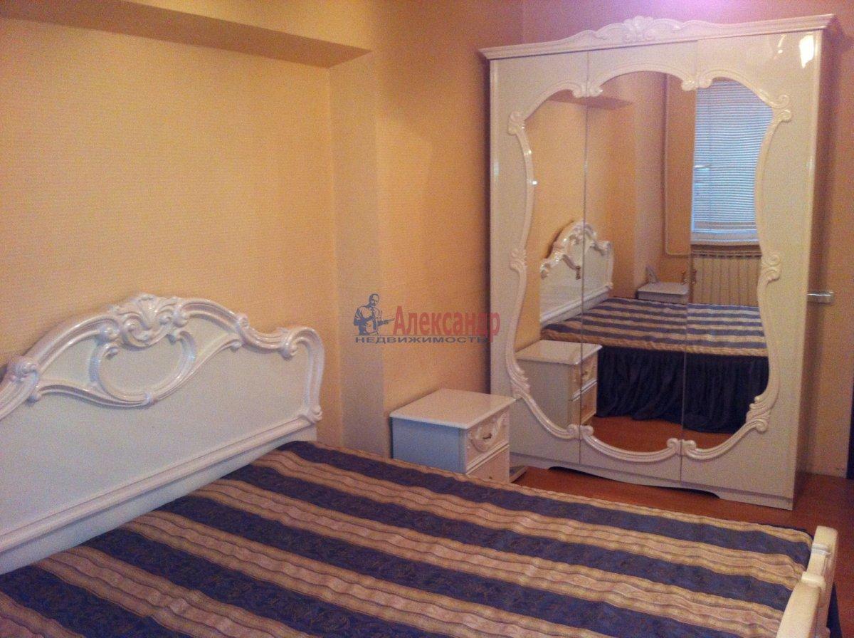 3-комнатная квартира (105м2) в аренду по адресу Малая Конюшенная ул., 5— фото 3 из 5