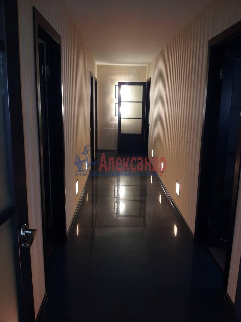 4-комнатная квартира (151м2) в аренду по адресу Съезжинская ул., 36— фото 4 из 23
