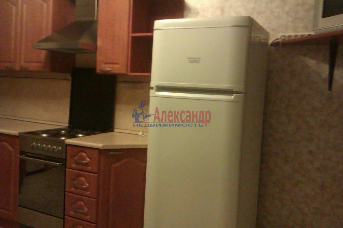 1-комнатная квартира (50м2) в аренду по адресу Товарищеский пр., 32— фото 5 из 10